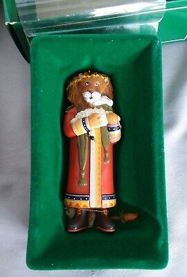 1986 Mary Engelbreit Midwest of Cannon Falls 5679-8 Lion Holding Lamb Ornament