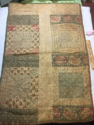 Antique  Early - mid 1800s Child's Doll Quilt ~ 16 x 24