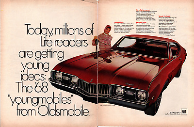 Life Magazine Advertisement 1968 Oldsmobile Holiday 2 Page AD   A257