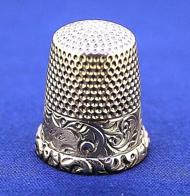 VINTAGE SEWING THIMBLE SOLID 14 k GOLD 3.8 g