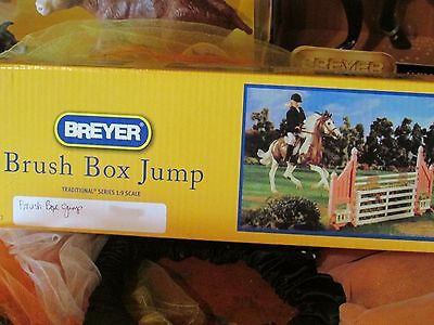 Breyer #2043 NEW IN SEALED BOX BRUSH BOX JUMP 4 TRADITIONAL HORSES!