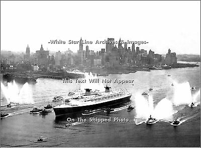 Poster Print: The SS France: Maiden Voyage to NY, February 3, 1962