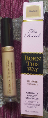 RRP £20 Brand New Boxed TOO FACED Born This Way concealer Medium