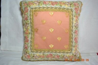 Vintage Victorian Floral Mauve With Gold Flies   Accent Throw Pillow