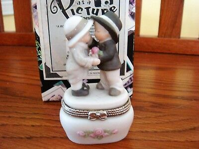 """Kim Anderson Pretty As A Picture """"a Rose For A Kiss."""" Hinged Trinket Box - New"""
