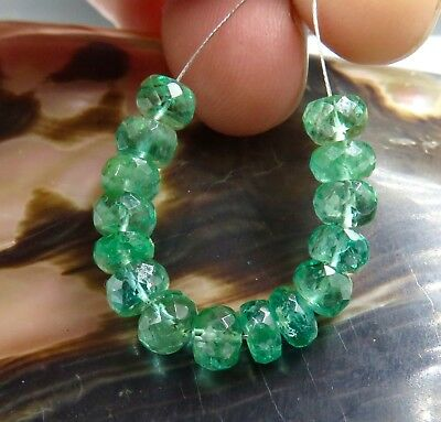 15 RARE GORGEOUS GEM AAAA ZAMBIAN VIBRANT GREEN EMERALD 4.7-5.2mm BEADS 10.25cts