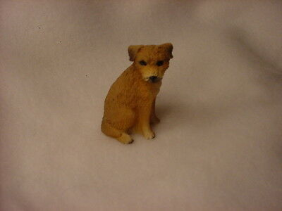 BORDER TERRIER dog TiNY FIGURINE resin HAND PAINTED MINIATURE Mini COLLECTIBLE