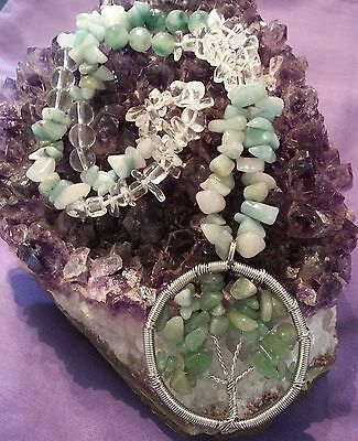 Wow - Handcrafted Gemstone Necklace With Tree Of Life & Green Adventurine