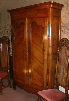 Small Louis XV period solid Walnut Armoire, cupboard c 1750