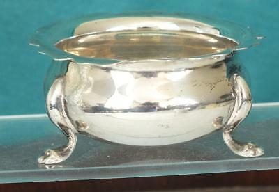 36g Fine Solid Silver Three Footed Open Salt Pot - Bham 1902 - Thomas Hayes (2)