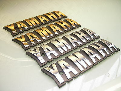 "2x TANK EMBLEM ""YAMAHA"" BADGE GOLD OR CHROME XS1100 XJ650 / STICKER PLUS SCREWS"
