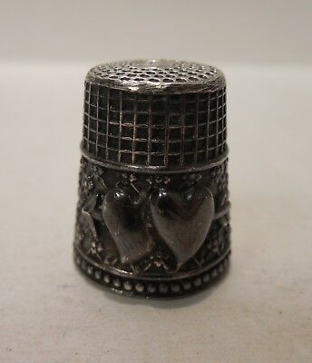 Vintage - Two Hearts With An Arrow - Unique Pattern - Silver - Thimble
