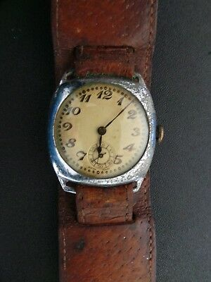Vintage Ww2 Military Style Leather Strapped Swiss Made Watch - Working