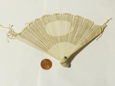 Antique Chinese Brise Hand Fan PIERCED FRETTED Floral Decoration A/F Restoration