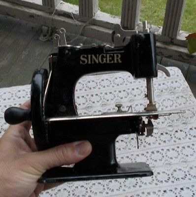 "RARE Vintage Mini Singer Mfg. Co. Antique Sewing Machine 7"" 1851 - 1951 NICE NR"