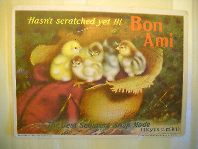 BON-AMI SCOURING SOAP Antique 1904 TRADE CARD CHROMOLITHOGRAPH chicks in hat