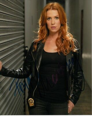 Poppy Montgomery Signed Without A Trace Photo Uacc Reg 242 3199