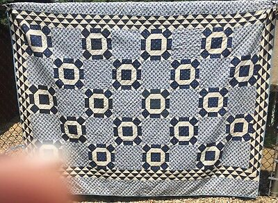 Antique late 1800s / early 1900s Quilt ~ Indigo Blue Ocean Waves Border