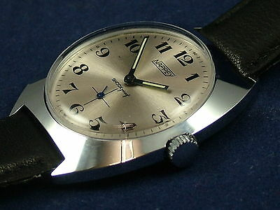Vintage Swiss Retro Nappey Gents Mechanical Watch Circa 1970s NOS New Old Stock