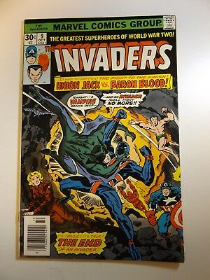 The Invaders #9 Union Jack vs Baron Blood! Sharp VF+ Condition!