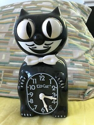 Kit Cat Klock Model B2 Motion Wall Clock California Clock Co. Battery Op