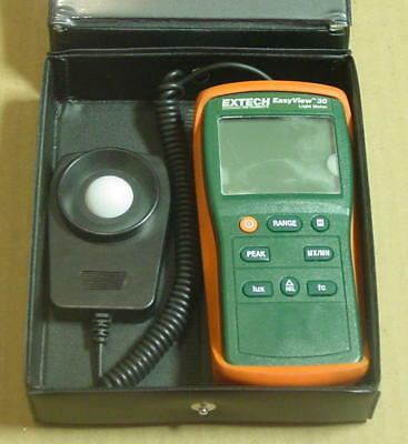 Extech Instruments Easy View EA30 Light Meter with Case