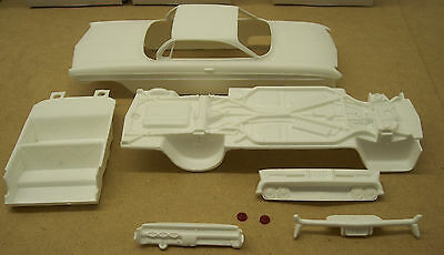 1961 Jo-Han  Oldsmobile Super 88 Hardtop Kit  1/25 Scale Resin