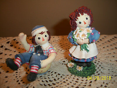 Pair Enesco Raggedy Ann & Andy Figures Filled to the Brim with Love