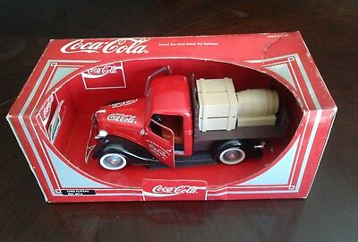Coca Cola brand 1936 Ford Plateau Diecast Metal Toy Vehicle