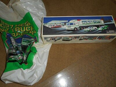 Hess 1997 Toy Truck And Racers MIB