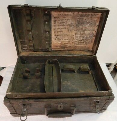 WWII / WW2 U.S. Army Barber Kit Case, M-1944, Wooden Case, Complete with Insert