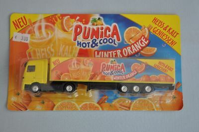 "Mercedes Actros SZ ""PUNICA"" HOT&COOL Winter Orange - Werbetruck, neu, OVP"