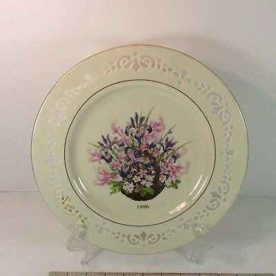 Lenox Massachusetts 1996 Colonial Bouquet 2nd Annual 10 5/8 inch Plate NO BOX