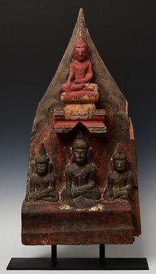 16th Century, Shan, Rare Antique Burmese Wooden Panel with A Set of Buddhas