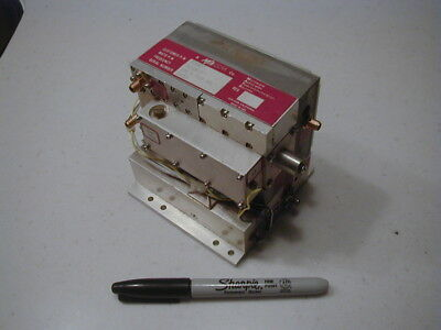 PLO-9 M/A-COM Dual output 630 MHz-2520 MHz Phase Locked Oscillator Brick TESTED!