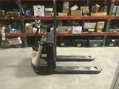 Crown Wp2335-45 Electric Pallet Jack 2992 Hours 06/14 Force Batteries