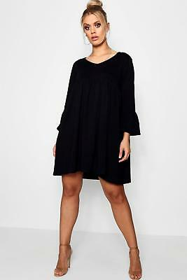 Boohoo Womens Plus Size Rosie V Neck Smock Dress