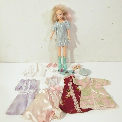 Vintage 1985 Hasbro Jem Jerrica Doll with Audition 400 Hat & Dress Clothes Acc