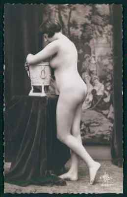 French nude woman & antique classic vase original 1930s risque photo postcard aa