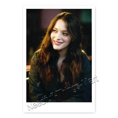 Kat Dennings alias Max Black aus 2 Broke Girls - Autogrammfotokarte [AK2]