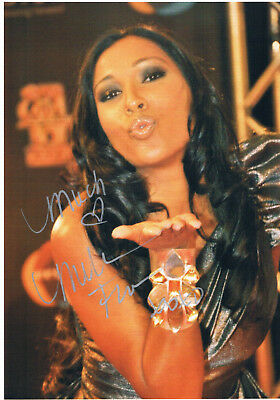 """Melanie Fiona genuine autograph 8""""x12"""" picture signed In Person R&B Singer"""