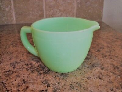 Vintage Jeannette Jadeite Jadite 2 Cup Measuring Pitcher w/Sunflower Bottom