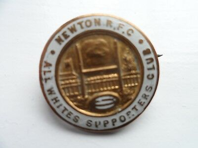 Newton Rugby Supporters  Enamel Badge