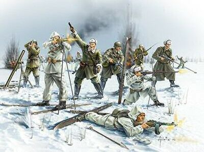 Siberian Riflemen WW2 Toy Soldiers 1/72 scale Revell plastic model kit#2516