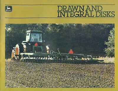 1982 John Deere DRAWN AND INTEGRAL DISKS Illustrated Catalog Brochure 47 Pages