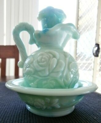 *~Avon~*vintage Green Milk Glass Pitcher And Bowl**collectable**