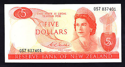 New Zealand $5 Note ND 1968-75 Wilks Note QEII Crisp gEF P. 165b Prefix 057 RARE