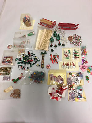 Dollhouse Miniature Christmas Decoration Lot Some Valentines & 4Th Of July