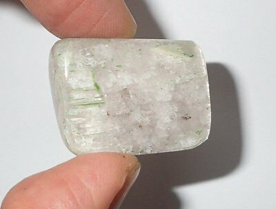 Well-polished Spodumene (Kunzite, Hiddenite, Triphane)Stone 104.5 Carat 30x23x14