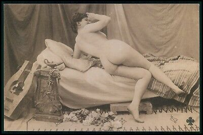 Photogravure nude woman big butt in bed teasing original old 1910s postcard bb
